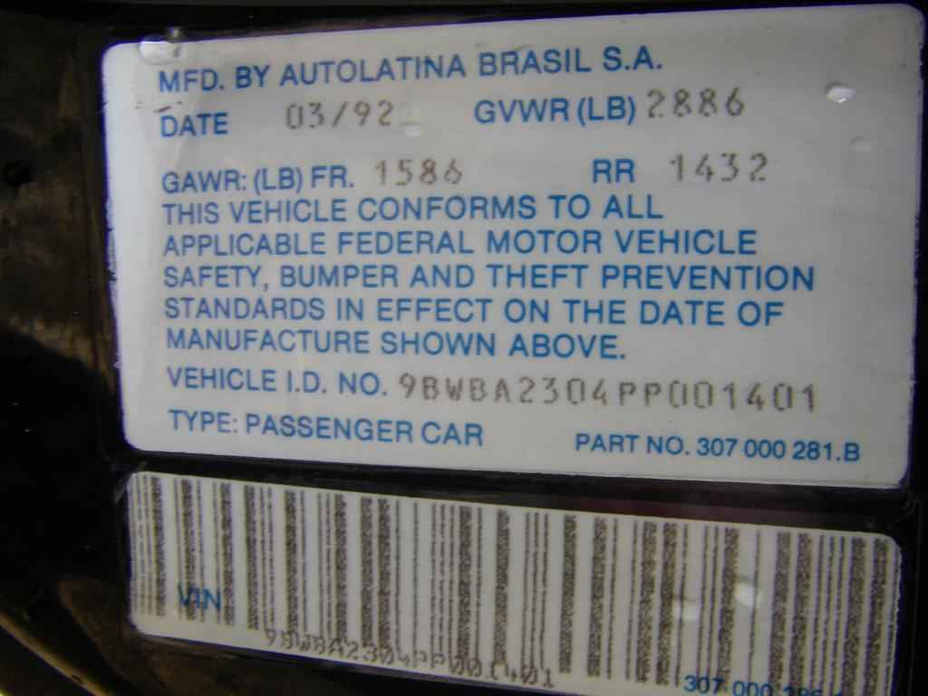 2387 - VW Fox (Voyage) Wolfsburg Edition