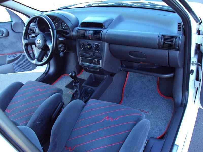 2396 1 - Corsa GSi 1996
