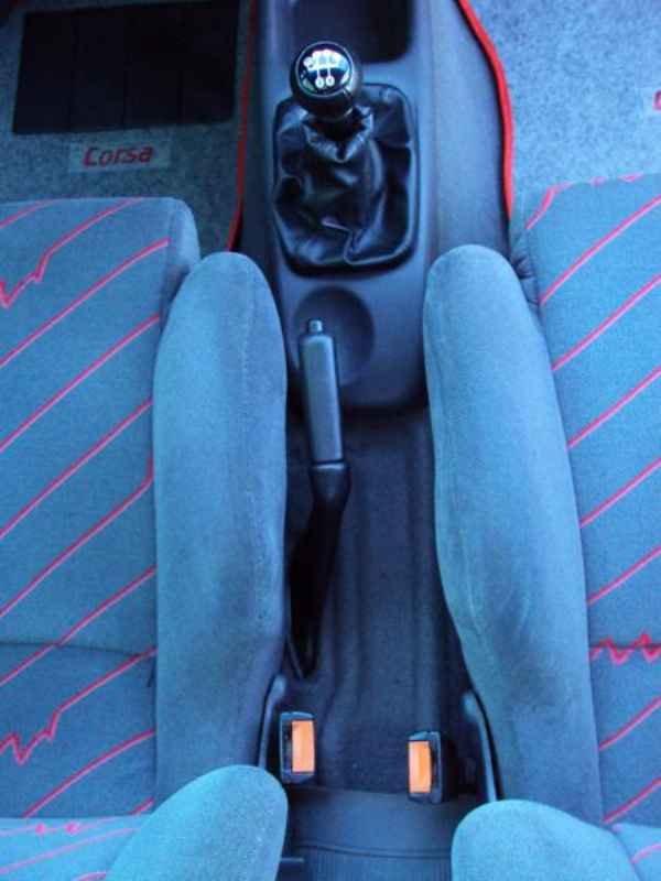 2403 1 - Corsa GSi 1996