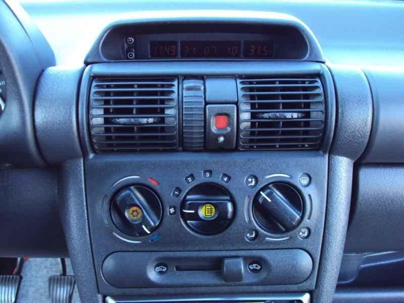 2408 - Corsa GSi 1996