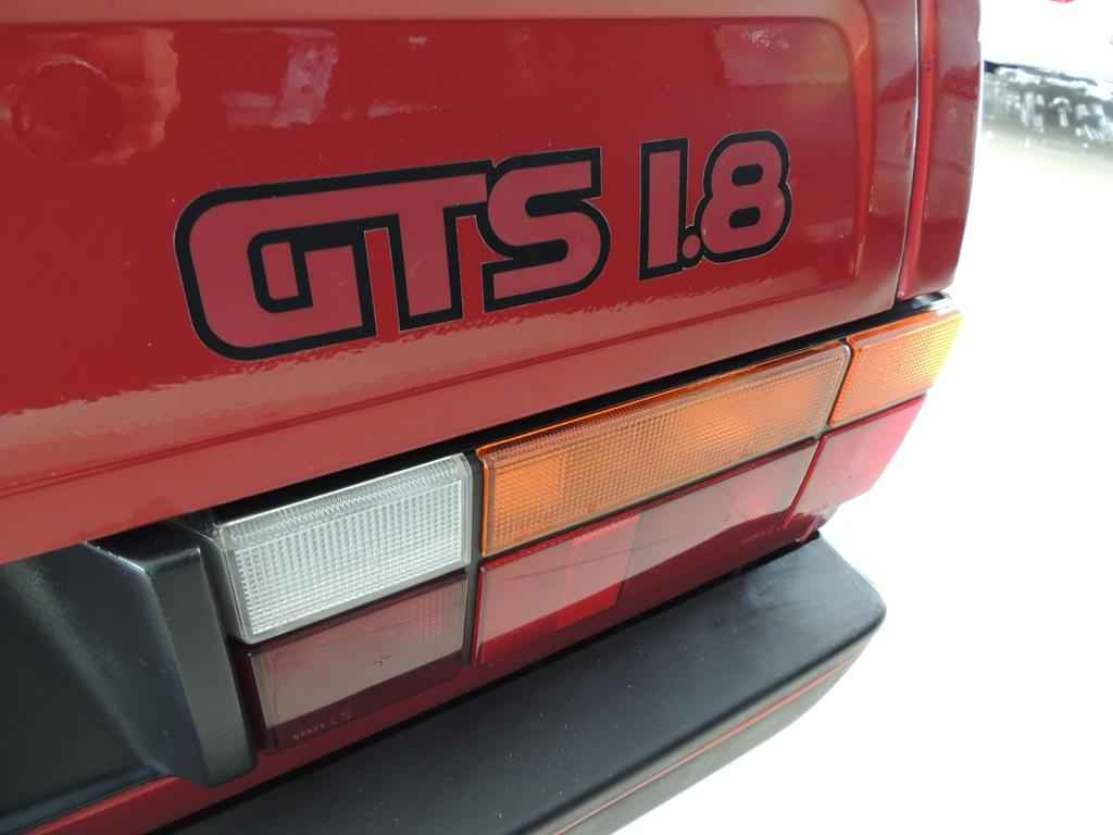 24127 - GOL GTS 1990