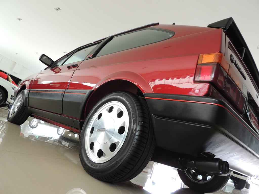 24194 - GOL GTS 1990
