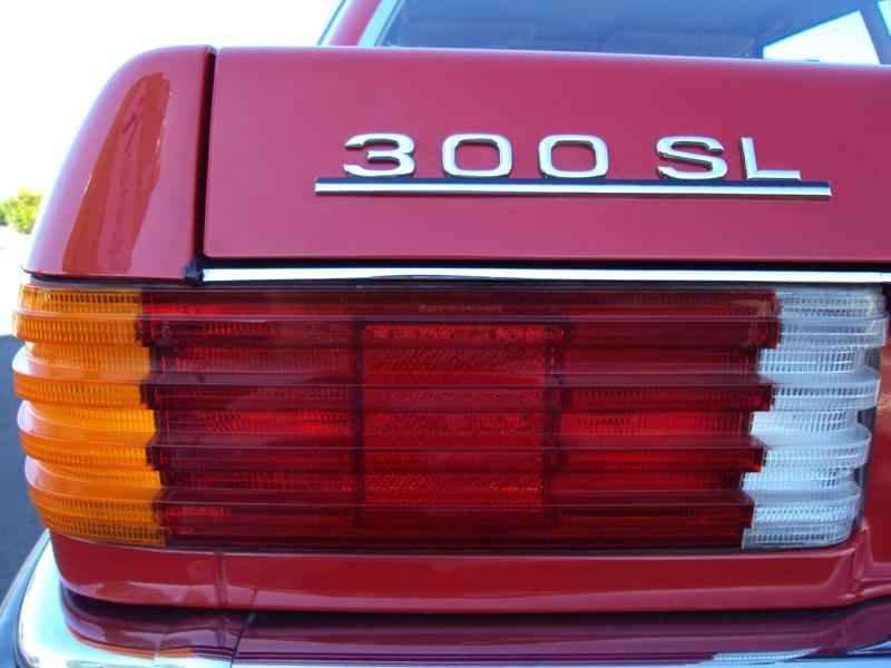 2590 2 - MB 300SL 1986 14.000km