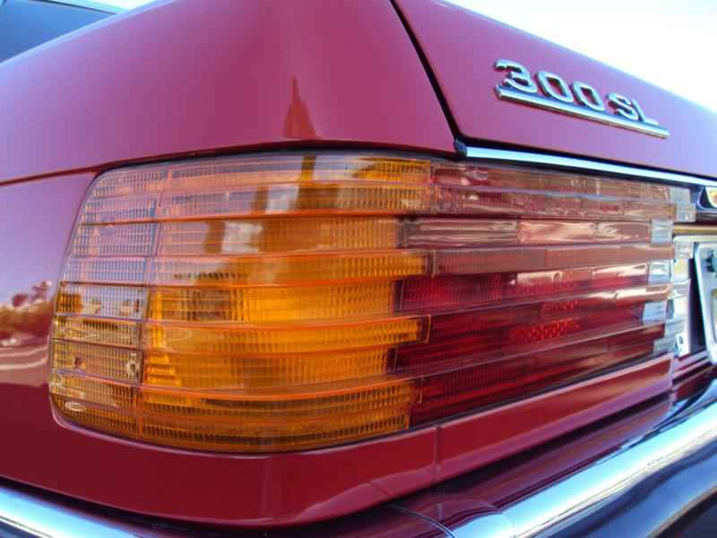 2592 2 - MB 300SL 1986 14.000km
