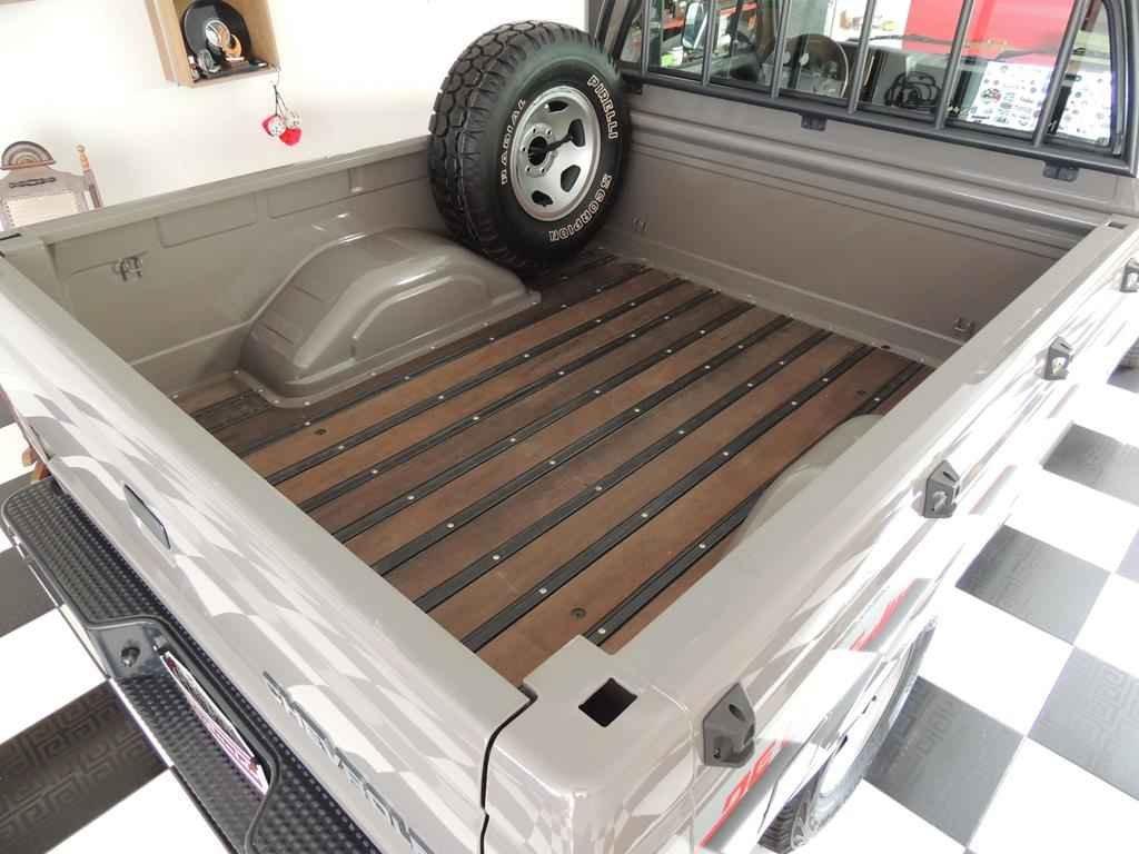 2640 1 - Garagem Colecionador