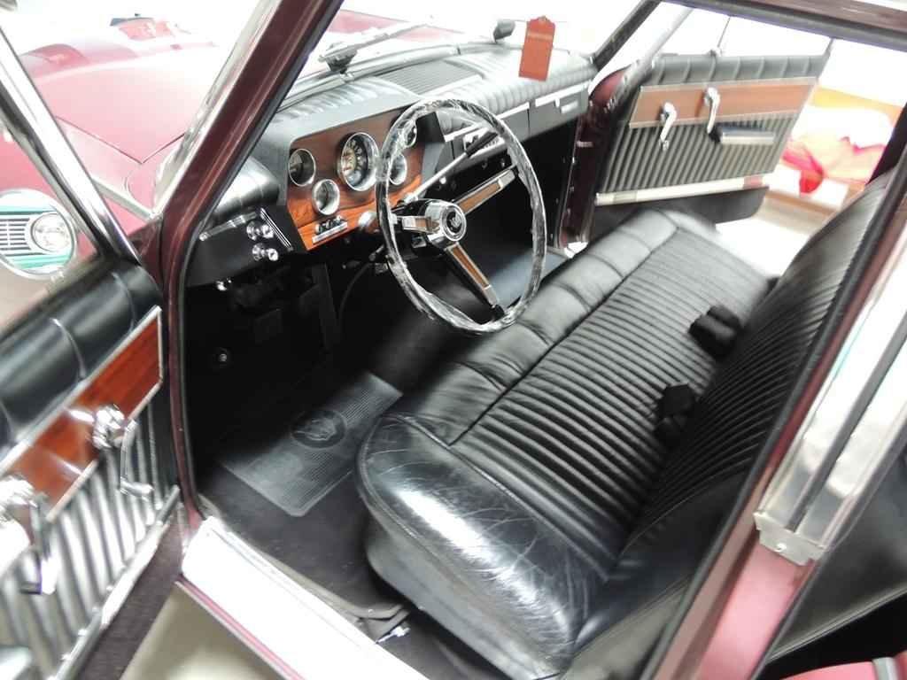 2798 1 - Garagem Colecionador