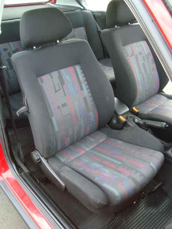 3064 - Golf GTi 1997 15.000km