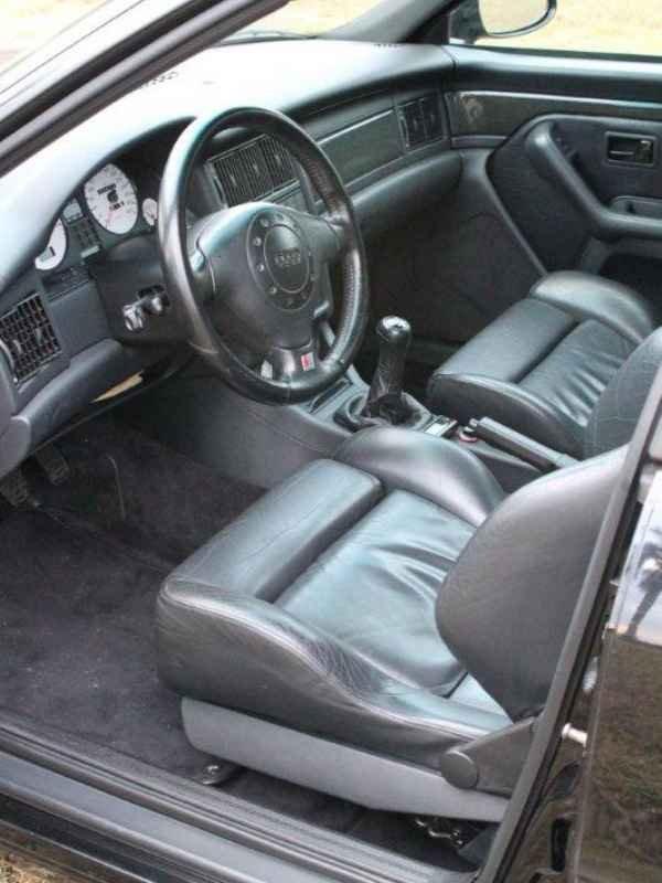 3127 - Audi RS2 1995