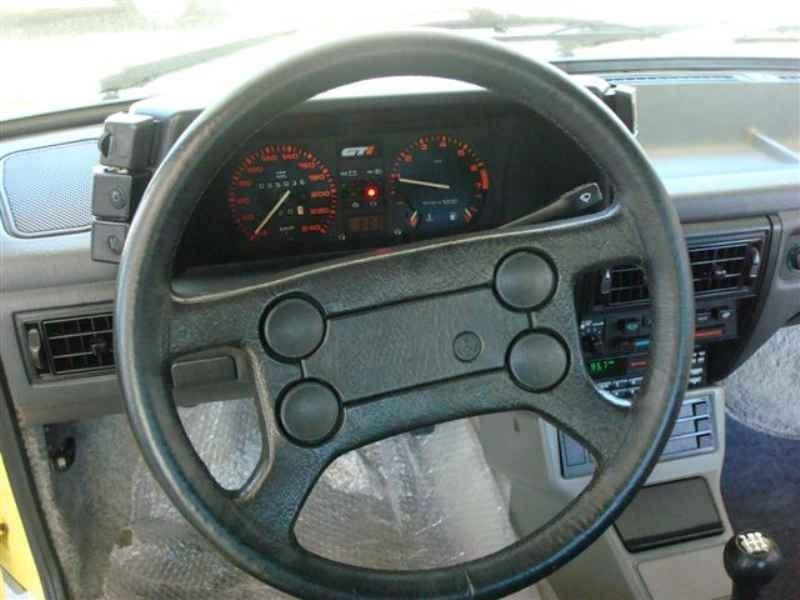 3477 - Gol GTi 1993