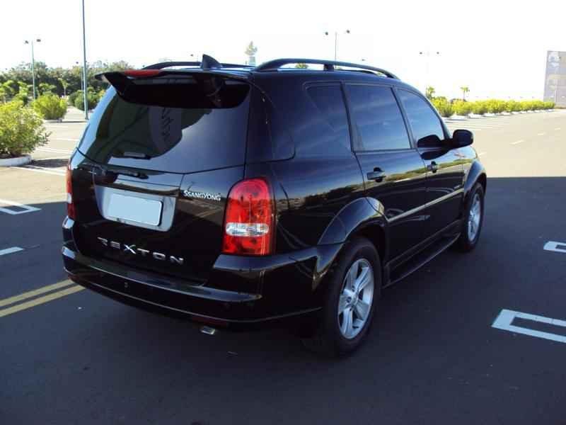 4022 - Rexton II 2009