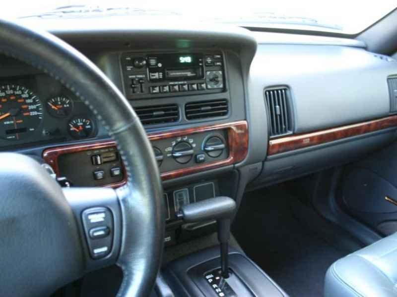 4110 - Grand Cherokee Laredo 1998