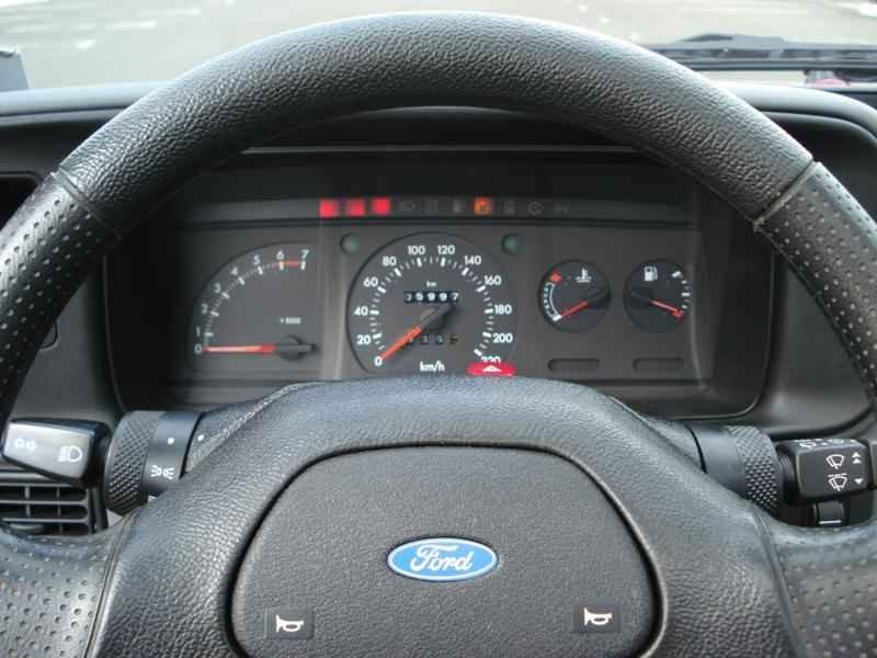 4222 - Escort XR3 1989 5.996km