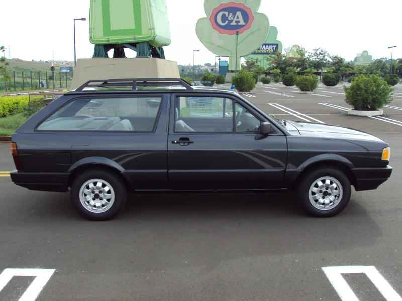 4256 - Parati GL 1992