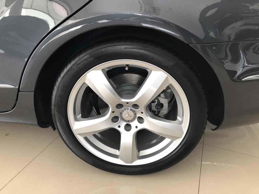 44748 1024x768 - Mercedes CLS 350 CGI 306cv