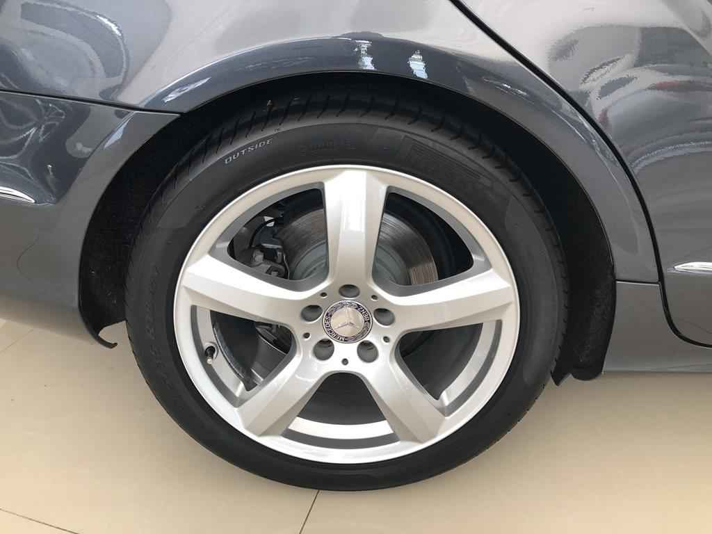 44749 1024x768 - Mercedes CLS 350 CGI 306cv