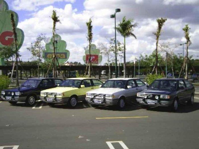 448 1 700x525 - Primeira Coleção Gol GTi no Brasil