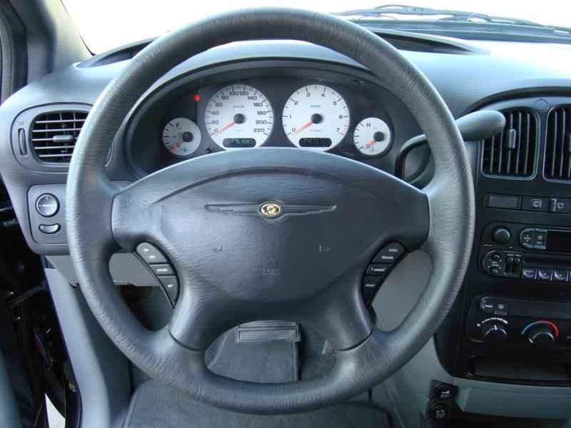 4842 - Grand Caravan SE 2002