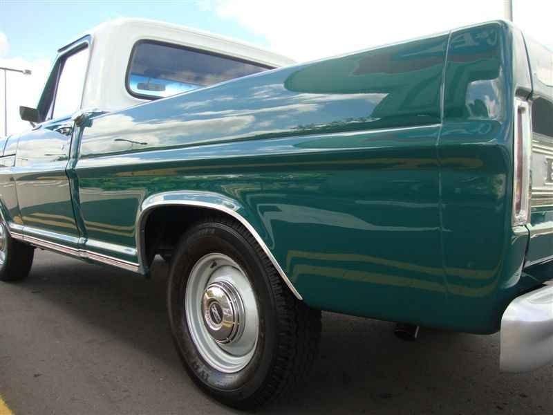 4917 - F-100 V8 1975