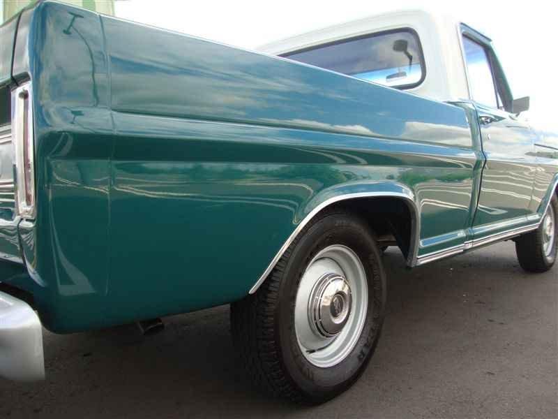 4918 - F-100 V8 1975