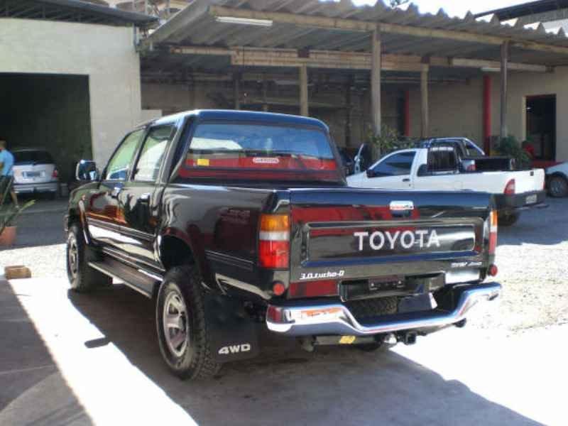 5376 - Hilux SRV 4x4 2004 0km