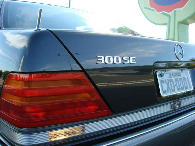 5523 - MB 300SE 1992 W140