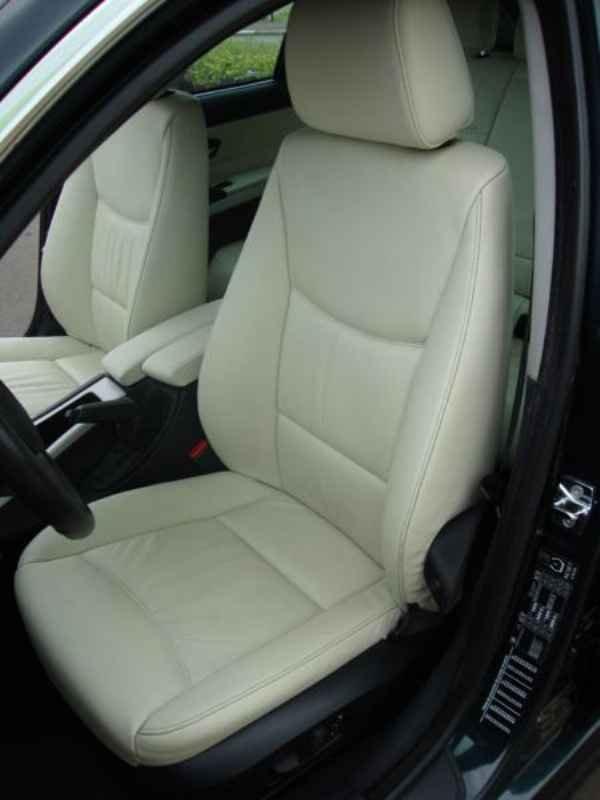 5614 - BMW 325i 2007 SW