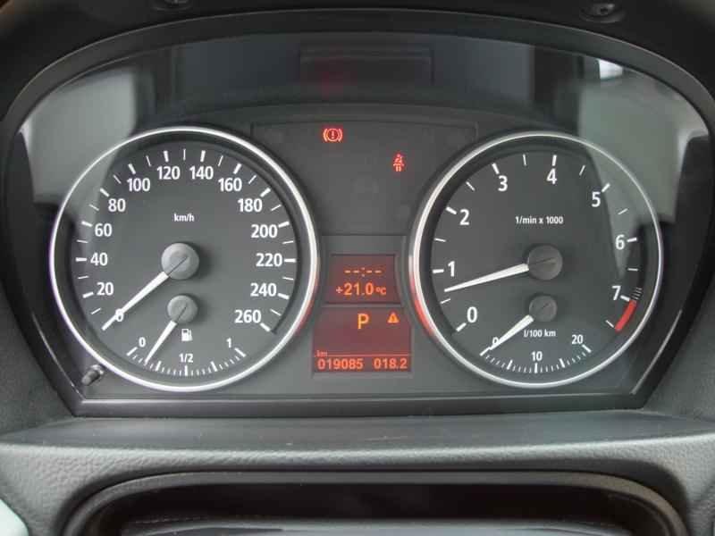 5617 - BMW 325i 2007 SW