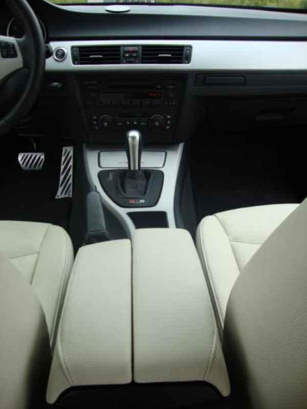 5618 - BMW 325i 2007 SW