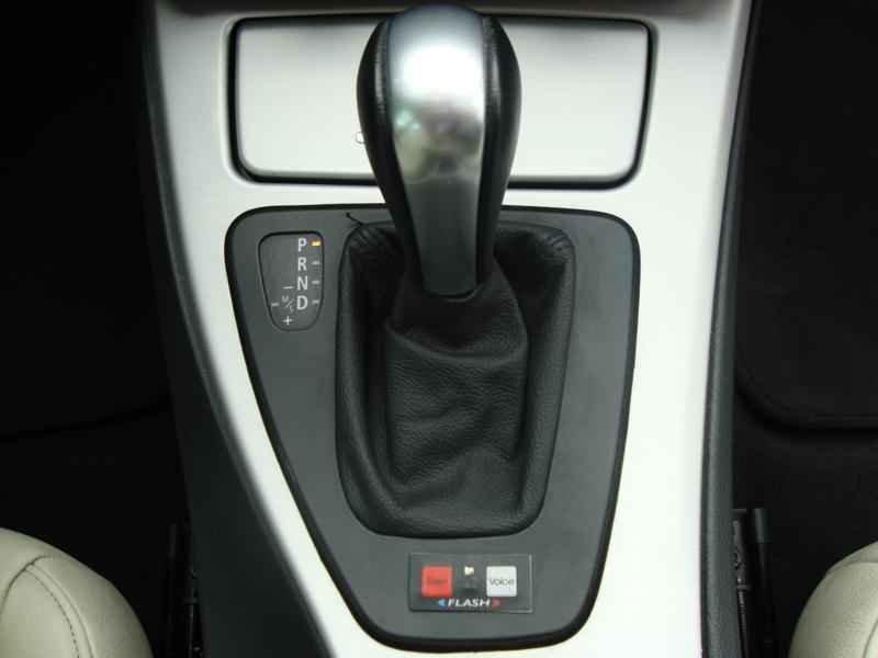 5620 - BMW 325i 2007 SW