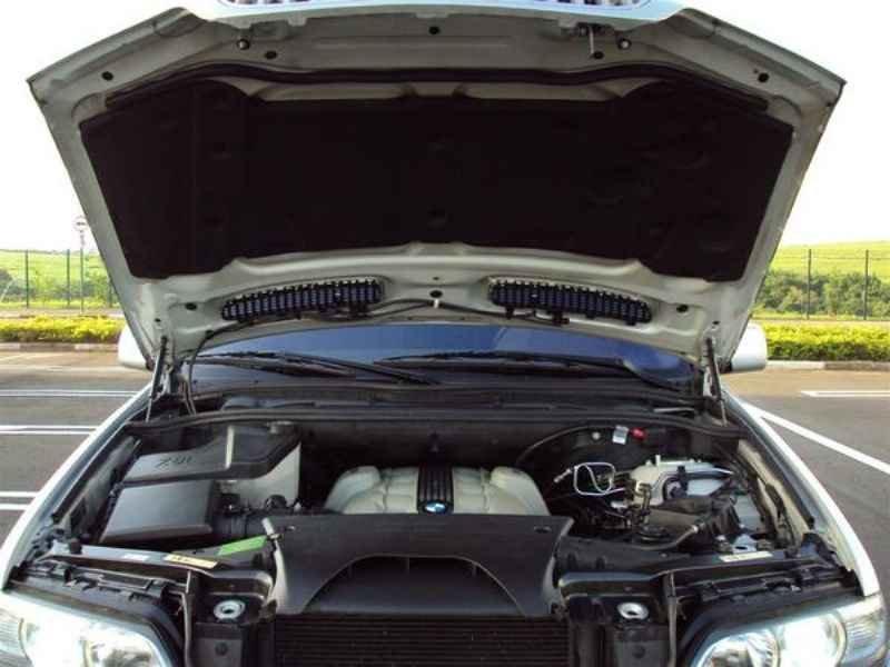 5660 - BMW X5 2004
