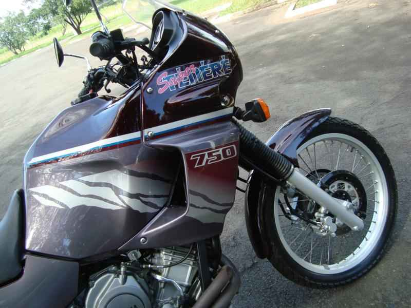 5679 - Super Tenere 750 1996