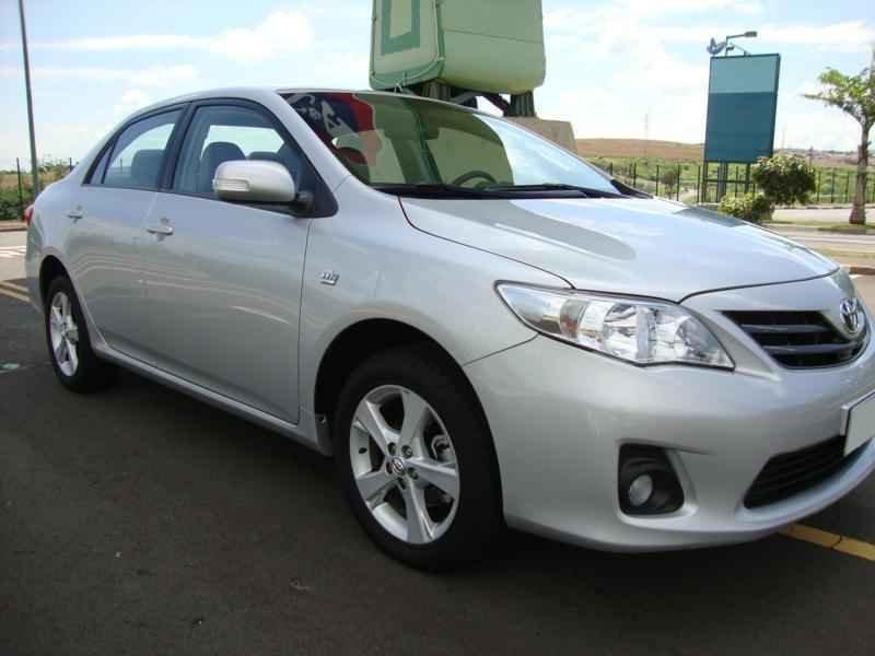5766 - Corolla XEi 2012