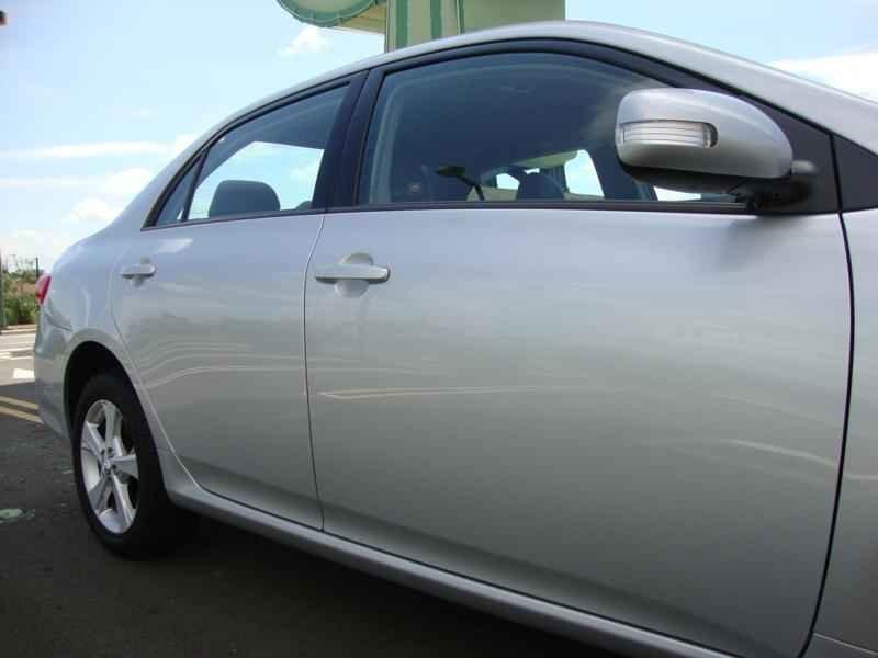 5770 - Corolla XEi 2012
