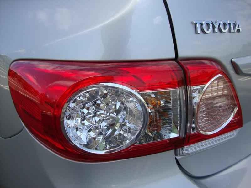 5772 - Corolla XEi 2012