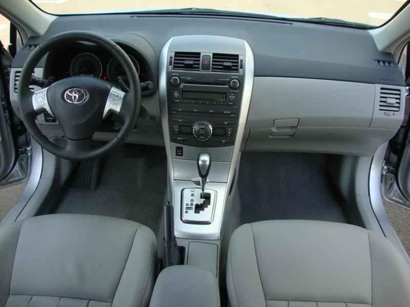 5779 - Corolla XEi 2012