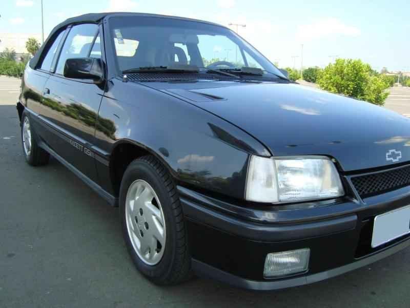 5998 - Kadett GSi 1992 6.800km