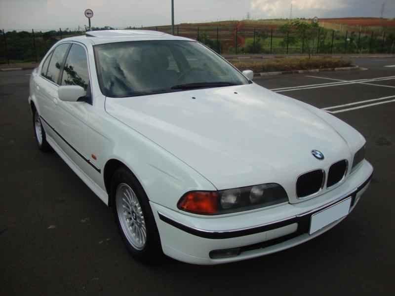 6112 - BMW 528i 1998