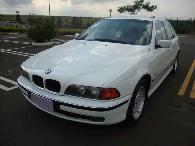 6113 - BMW 528i 1998