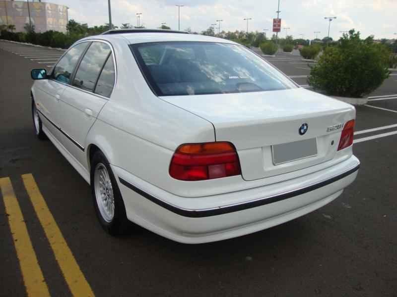 6114 - BMW 528i 1998