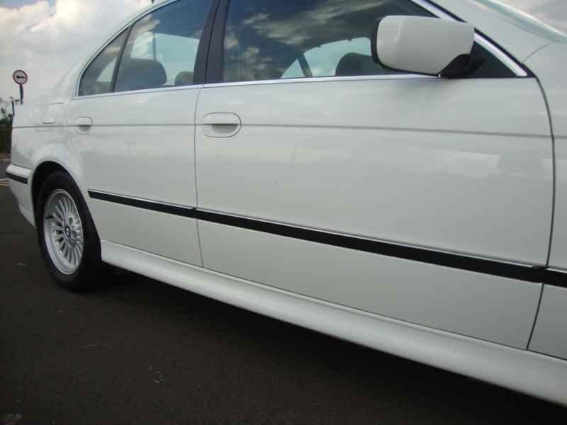 6127 - BMW 528i 1998