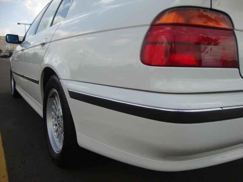 6129 - BMW 528i 1998