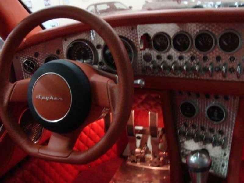 726 1 - Garagem Junior