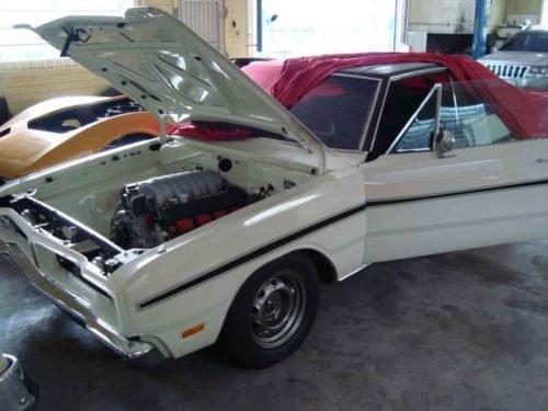 740 500x375 - Dodge Charge R/T HEMI 6.1L