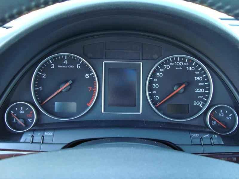 7857 - Audi Avant V6 3.0L  2003