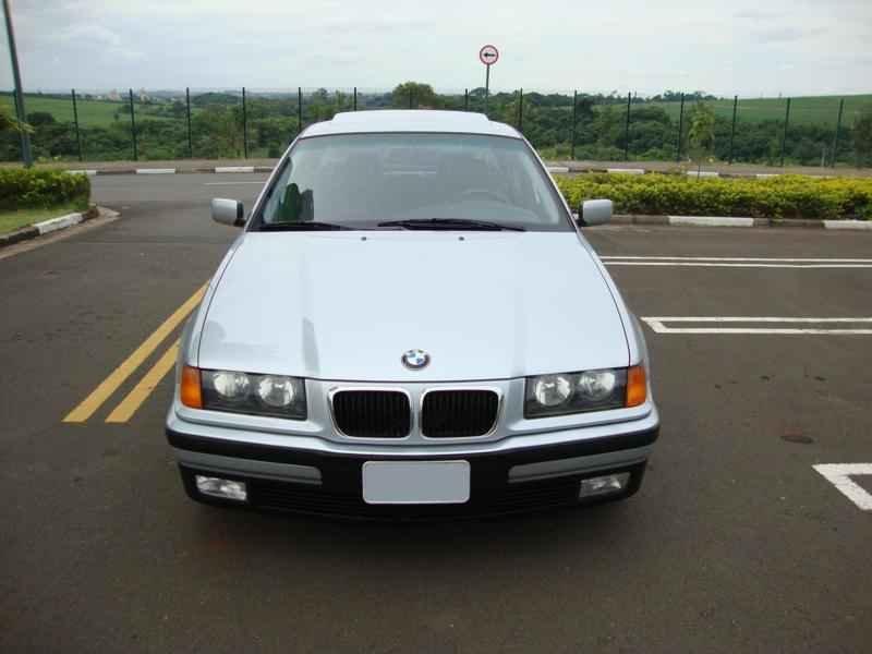8043 - BMW 328i 1997  17.000km