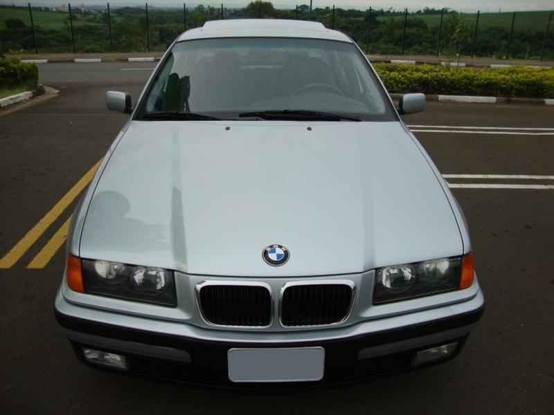8044 - BMW 328i 1997  17.000km