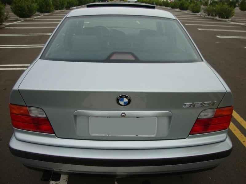 8046 - BMW 328i 1997  17.000km