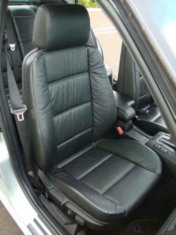 8071 - BMW 328i 1997  17.000km