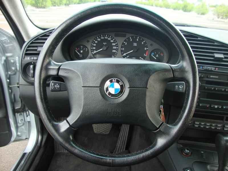 8077 - BMW 328i 1997  17.000km