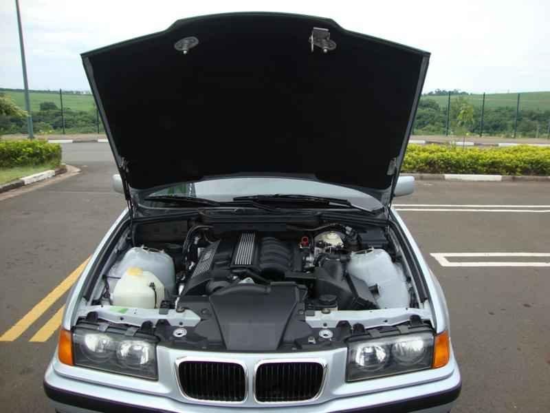8088 - BMW 328i 1997  17.000km